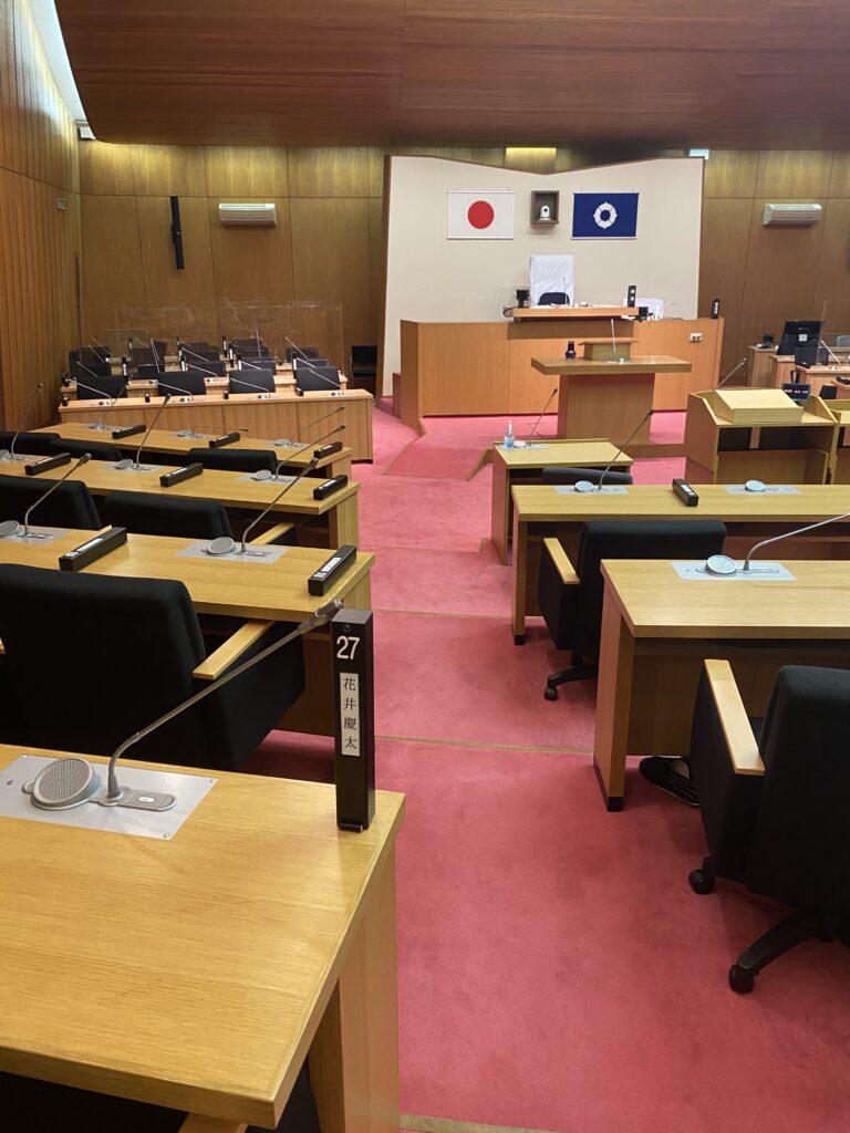 豊中市議会の本会議場